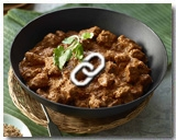 SLOW COOKED BEEF RENDANG